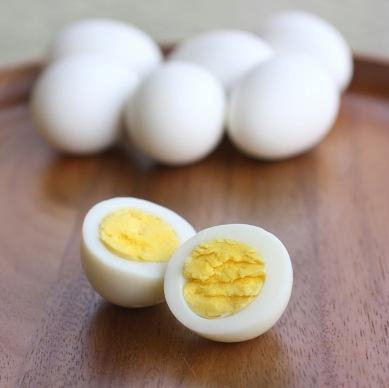 hard-boiled-egg-1